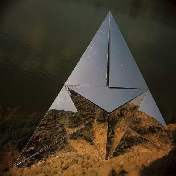 Mirror installations by Francisco Infante-Arana & his wife Nonna Gorunova kanyeblog